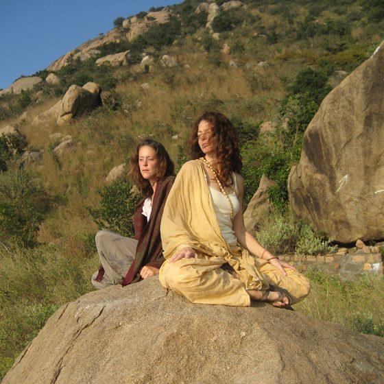 amy-barnes-yoga-arunachala